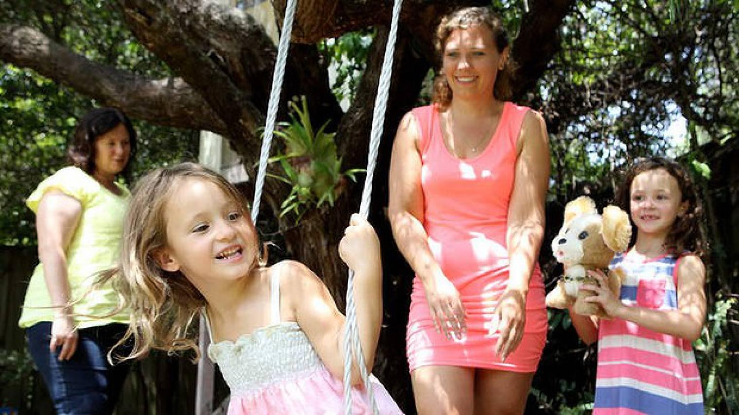 Australia: Au pair-specific visa 'would be amazing', mum says